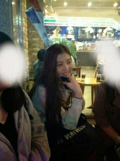 Netizens dig up more of Red Velvet's pre-debut photos
